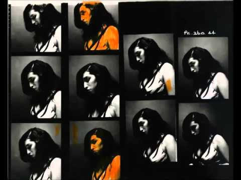 Amy Winehouse - Detachment.