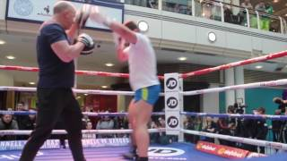 POWER OF THE WHITE RHINO! - DAVE ALLEN UNLEASHES ON THE PADS AHEAD OF LUKASZ RUSIEWICZ CLASH