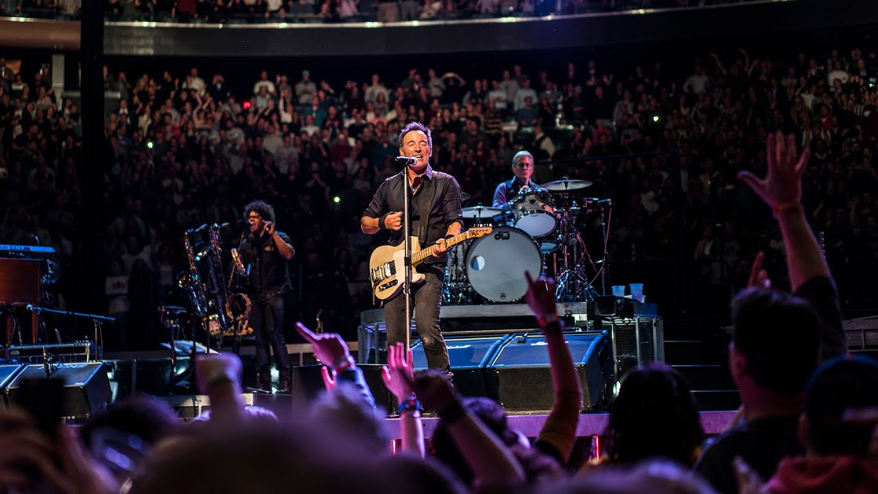 Bruce Springsteen New York Madison Square Garden 27 Hungry Heart Out In The Street