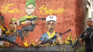 TIROTEIO NO COMPLEXO DO CHAPADÃO CV x PM (14/09/2015)