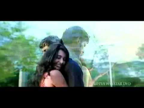 Theeratha Vilayattu Pillai bit song