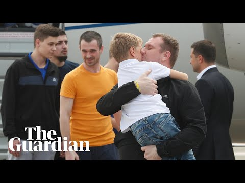 Released prisoners met by family after Ukraine-Russia exchan
