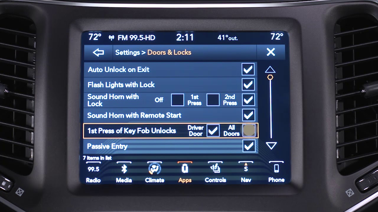 Customer Programmable Features-Unlocking customizable features of your  Uconnect 4C/4C NAV