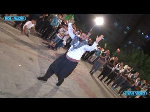 Burhan Toprak  Çalıyor  Forklor Ekibi Oynuyor  Diyarbakır Halayı Muhteşem  Oynuyorlar