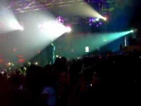Afgan Singing Biru-Live Concert in Makassar