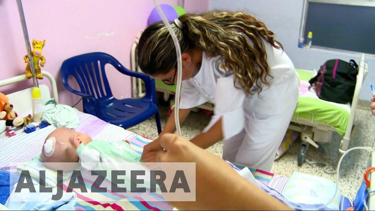 Venezuelans seek medical care in Colombia