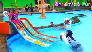 Anak Lucu Belajar Berenang di Kolam Renang Anak Fun Kids Learn Swimming Underwater in Swimming Pool