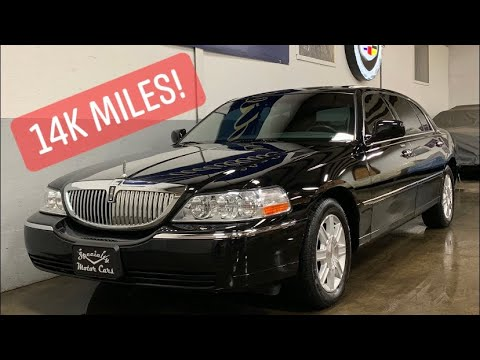 14k Mile 2007 Lincoln Town Car Executive L For Sale By Specialty Motor Cars TownCar Livery SURVIVOR