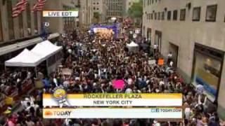 Bruno mars - Runaway baby (Live on NBC's today)