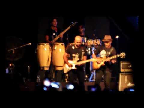 Guitar music instrumental acoustic live | Pichle Saat Dinon Mein |live guitarist