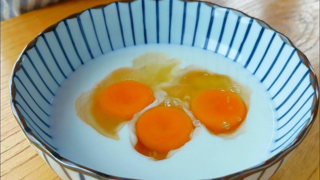 【小穎美食】酸奶裡加3個雞蛋,教你解饞吃法,挑食的孩子都愛吃,美味可口