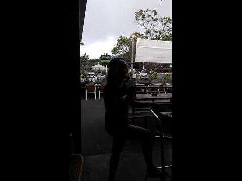 Adam, Jenni Karaoke 1