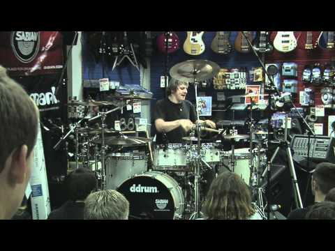 RAY LUZIER solo & Korn medley Great sound and !!