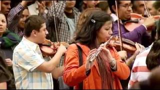 Flash Mob Ravel's Bolero by Toluca's Philharmonic