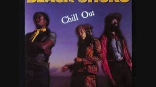 Black Uhuru - Moya (Queen of I Jungle)