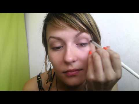 Classic liner look makeup tutorial by Carlaism | with Provenance vie Saine