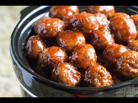 Crockpot Meatballs with Grape Jelly Sauce