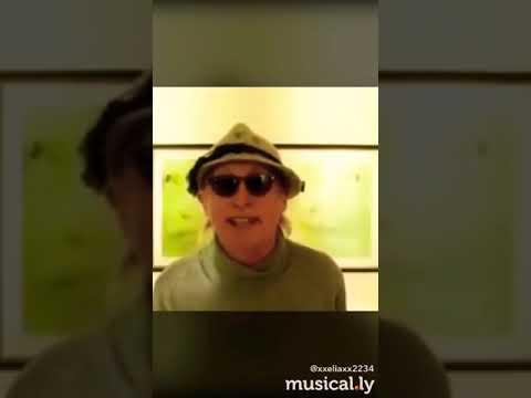 Otto singt