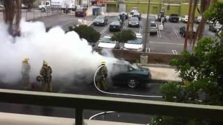 pompiers - incendie voiture - explosion