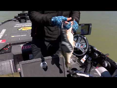 Classic: DeFoe's Last Second Classic Clinching Catch