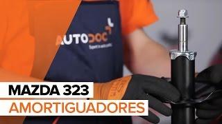 Cambiar Pastilla de freno delanteras y traseras MAZDA 323 F VI (BJ) - instrucciones en video