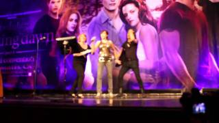 """Jay Tewake performing """"Thriller"""" @ Twilight Convention - Los Angeles 2011"""