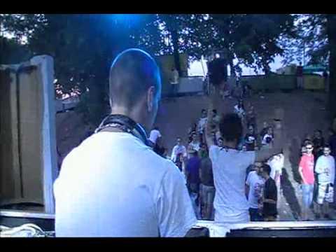 Tino Dobric & Mioz LIVE @ Urban Bug stage EXIT 2012