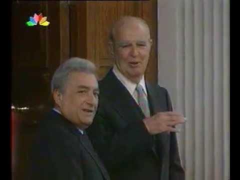 23/4/1998 (ώρα 1.40 πμ): Απεβίωσε, νοσηλευόμενος, στο νοσοκομείο 'ΥΓΕΙΑ', ο Κωνσταντίνος Καραμανλής.
