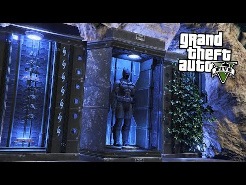 BATMAN'S BATCAVE!! (GTA 5 Mods)