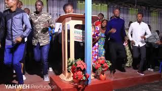 Irebere ibyo umucuranzi Bea akoreye mu gatatu Nairobi ntibisanzwe||Abayumbe bafashwe n'umwuka!