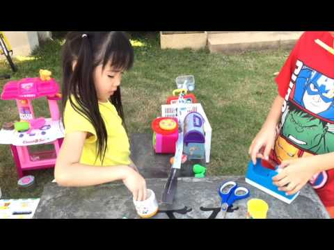 พรอยใส ประดิษฐ์ของเล่นจากกระดาษเป็นลางลูกแก้ว