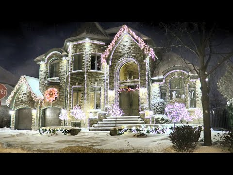 Million Dollar Homes Decorated with Christmas Lights in Montreal, QC, Canada!