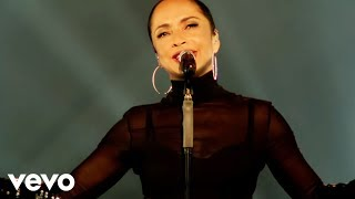 [4.49 MB] Sade - Your Love Is King (Live 2011)