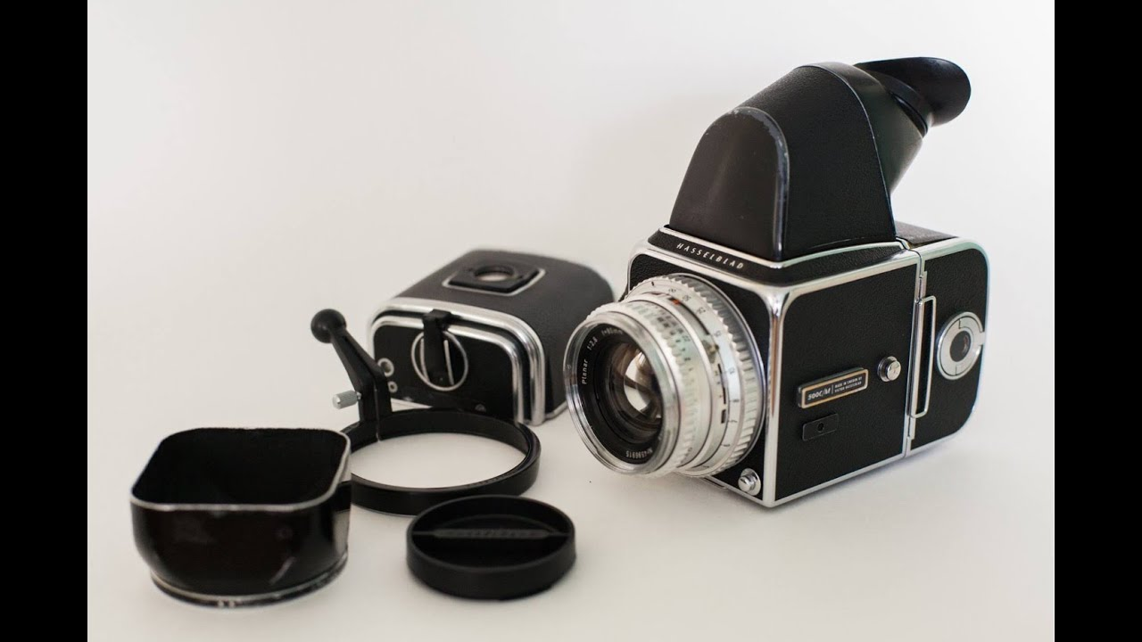 Hasselblad 500cm Review (Medium Format Film)