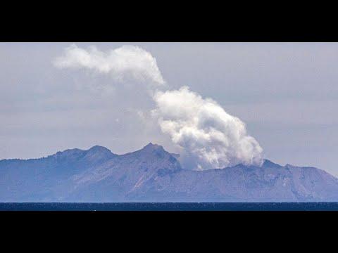 خطر استمرار ثوران بركان - وايت آيلاند- في نيوزيلندا  - نشر قبل 3 ساعة
