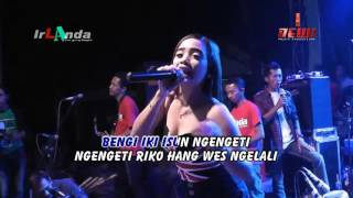 Download Video NGELALI Sabrina irLAnda 2016 MP3 3GP MP4
