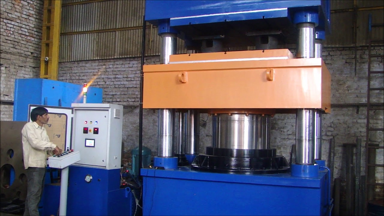 Flowmech Make Hydraulic Press for Solid Tyre 1000 Ton Capacity