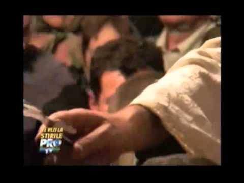 Preotul Cristian Pomohaci in Mosuni - Part-2