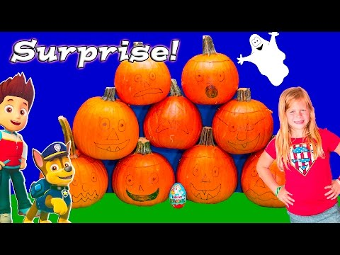 ASSISTANT Halloween Pumpkin Surprise Toys and Candy Surprise Video