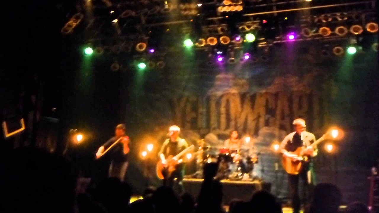 Yellowcard e Year Six Months Acoustic LIVE HOUSE OF
