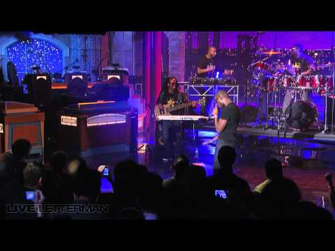 Tinie Tempah - Pass Out (Live on Letterman)