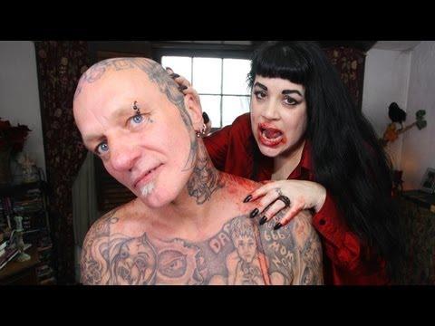 Real Life Vampire: Vampire Loving Mother Sucks Human Blood, Twilight Style