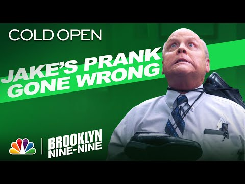 Cold Open: Jake Pranks Hitchcock And Almost... - Brooklyn Nine-Nine