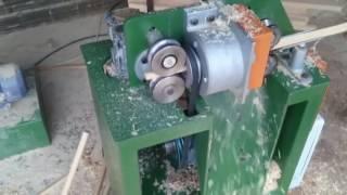 Интересная бизнес идея в гараже.  Создание черенков для лопат и других садовых инструментов.