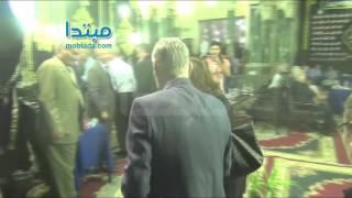فيديو| عزت أبو عوف ينفى شائعة وفاته