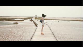 Moonlight & Dayana - I follow rivers