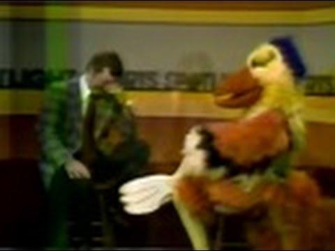 """WSNS Channel 44 - Sports Spotlight Jim Durham - """"The San Diego Chicken"""" (Part 2, 1979)"""