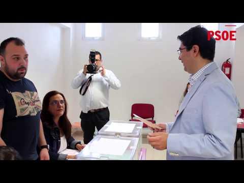 Pedro Martín, Josefa Mesa y Héctor Gómez votan en Guía de Isora