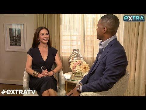 Catherine ZetaJones & Michael Douglas Dish on 'CloseKnit Family'