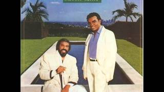 Watch Isley Brothers Smooth Sailin Tonight video